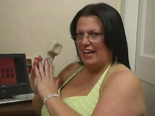 Angel 1 - Mature BBW With Saggy Tits