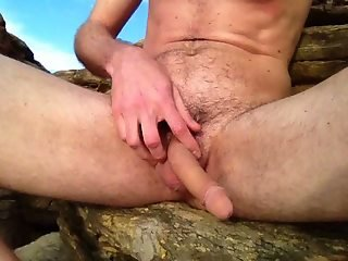 Outdoor wanking boy at beach