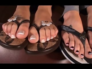 Anaki First Footjob Arab