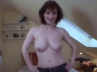 Busty wife blowjob and cumshot