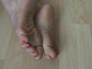 Batmannu Yummy rough feet, soles, toes