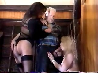 French threesome with pussy fisting