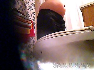 Sister caught in the bathroom 2