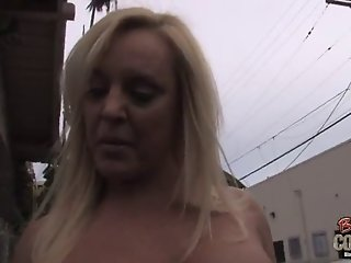 Mature mother Alexis Golden takes BBC at her old butthole