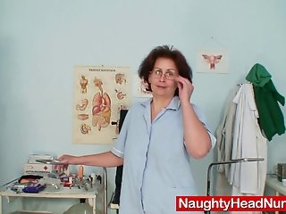 Aged head nurse gets naughty in hospital