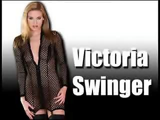 Victoria Swinger take 2 Cocks