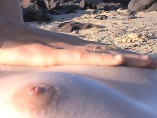 Betsy & Bree - Beach Babes pt1