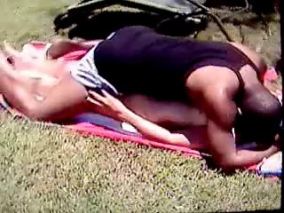 Cuckold Wife Fucked by ner BBC outside