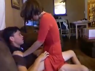 Amateur Babysitter Sofa Fuck and Blow Job Swallow