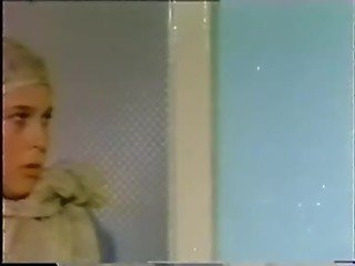 70's and 80's Turkish pornstar Oya in anal scene