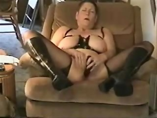 Great cumming of nasty grandma