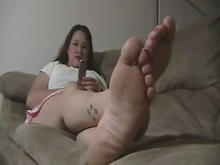 Cum for plump feet