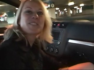 Public amateur anal masturbation and fucking in car