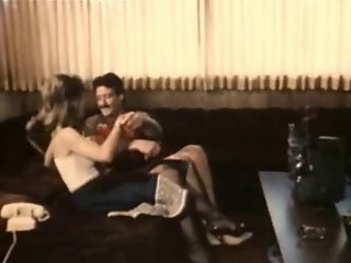 Couple watch porn together. vintage clip