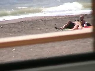 Amateur couple Bj and hj on beach