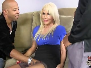 Hot white grandma Erica Lauren still loves black cocks