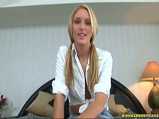 Blonde whore get face fucked
