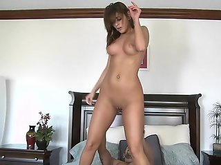 Bella got her pussy pounded