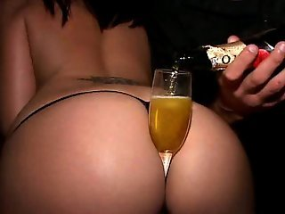 What a beautiful party ass