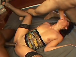 Horny Milf Slut Getting Her Ass And Pussy Double Teamed In Interracial Threesome