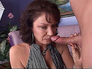 Addicted-to-milfs-3-sc5.720p W Vanessa Videl