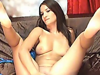 Sexy Babe Gets Naked And Fingers Hd