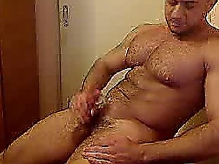 Muscle Hunk Jerks Off And Shoots A Big Load