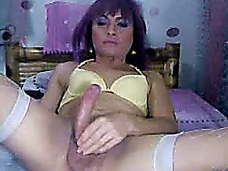 Shemale Cam Cock Jerking Show