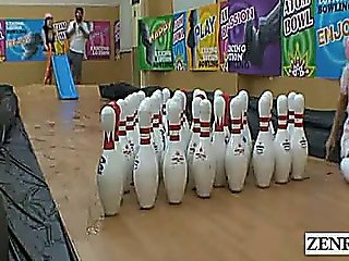 Subtitled Japanese Amateur Bowling Game With Foursome