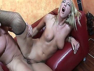 Enticing Tall Blond Dionne Takes A Pounding To Her Juicy Pink Box