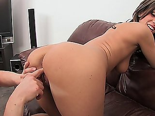 Sexy Teen Bitch Enjoys Sucking A Hard Cock And Getting Fucked On The Couch