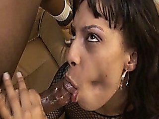 Ebony Takes It Deep