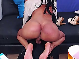 Beautiful Shemale On Cam