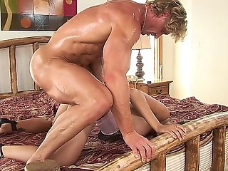 Latina Hottie Jamie Ellie Gets Her Asshole Pounded Hard By An Adonis