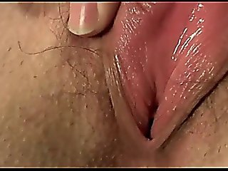 Close Up Chick Rubs Pussy On Cam