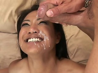 Sexy Asian Babe Getting Double Penetrated And Bathed In Cum
