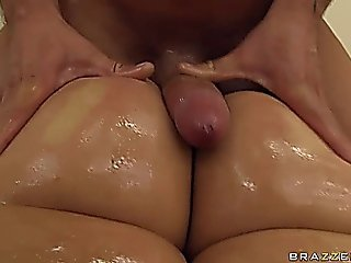 Fat Booty Babe Ava Rose Getting Fucked