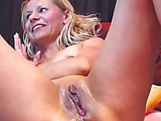 Dirty Blonde Plays With Her Pussy