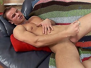 Sexy Guy Oils Up And Masturbates
