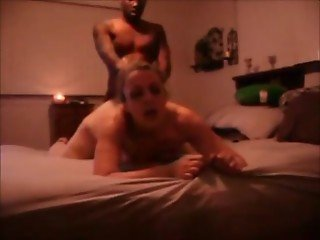 Amateur curvy milf hooks up with black guy