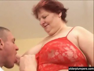 Fat mature housewife with a big butt