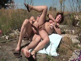 Aroused milf getting her unshaved muf