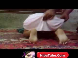 hijab arab girl dancing- hibatube.com