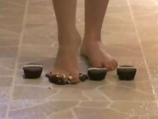 Foot Fetish - Sexy feet crushing chocolate cupcakes