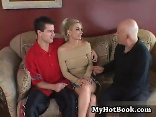 Malory Knoxxx is a very hot blue eyed blonde who