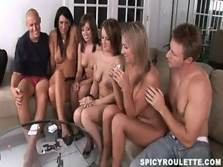 SpicyRoulette round with Connect Four game & Strip Poker