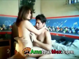 Mexican College Couple - amateurmex.com