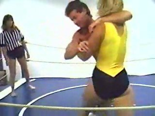 Mixed Wrestling - PRO AM BEATING