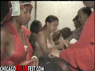 Underground Blowjob Contest in the Hood part 1