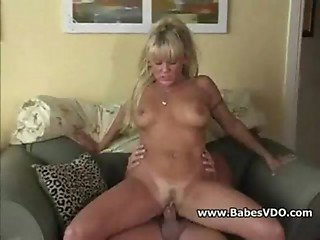 Whore gets creamed